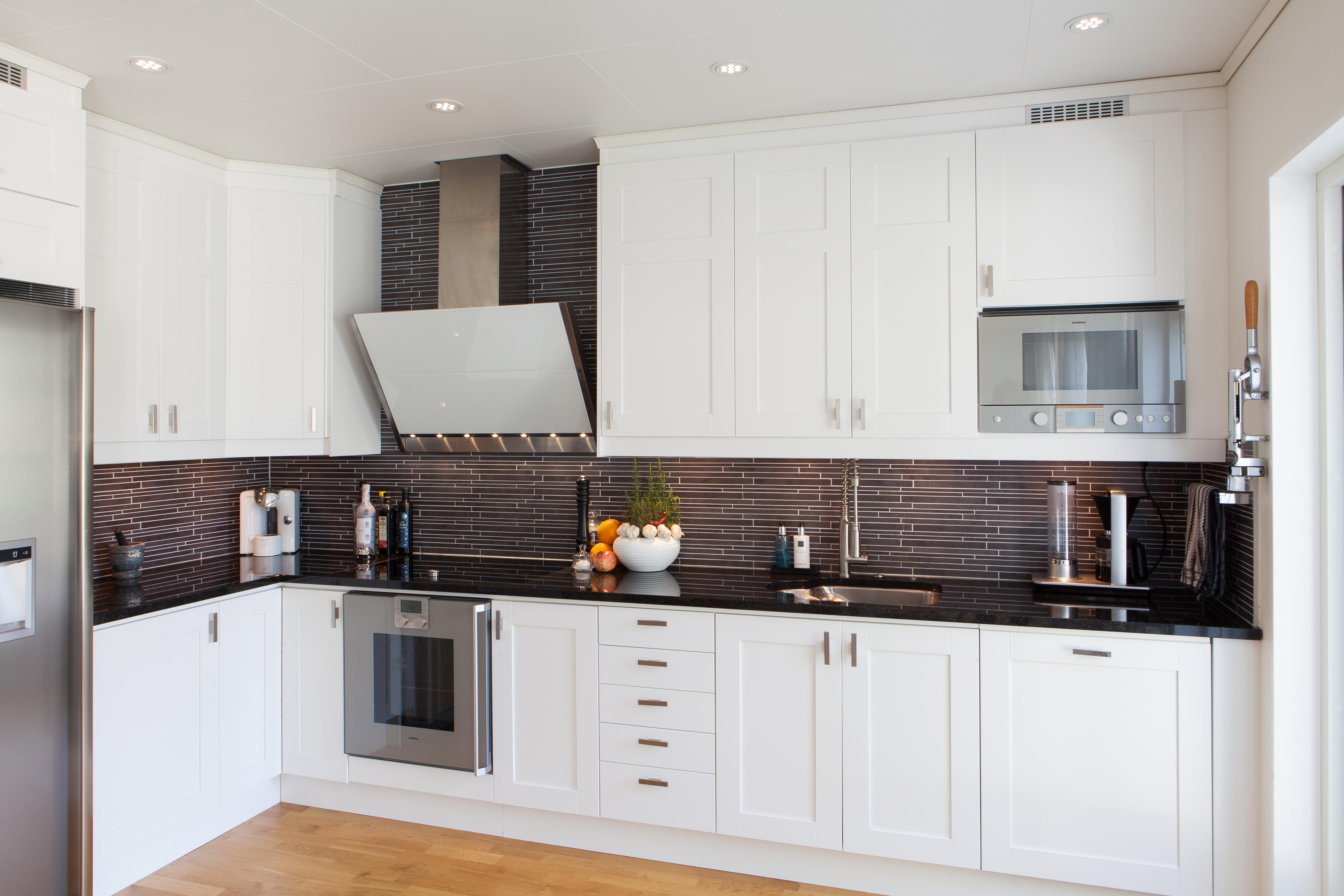 Kjøkken benkeplate i granitt Black Pear