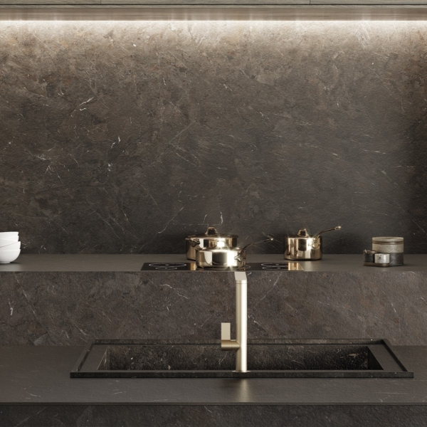 Kitchen worktop, kitchen island and backsplash made of ceramic material Umbra Marron