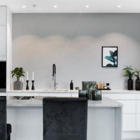 Kjøkken benkeplate og kjøkkenøy i marmor Carrara C