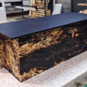 Kjøkkenøy i granitt Black Taurus