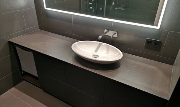 Bathroom vanaity top for private client made with ceramic material