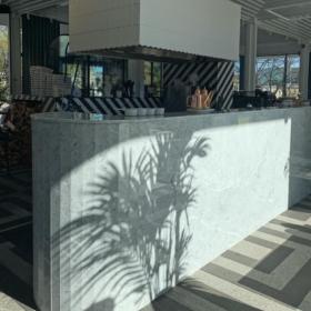 Bardisk av marmor Carrara C