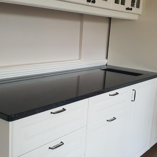 kitchen worksurface made of granite Nero Assoluto